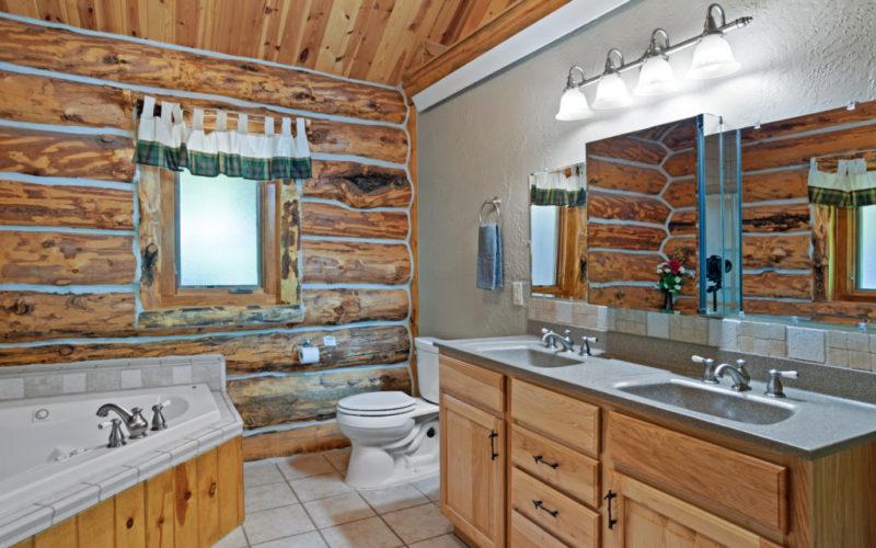 Black Hills Cabin 18 Bath