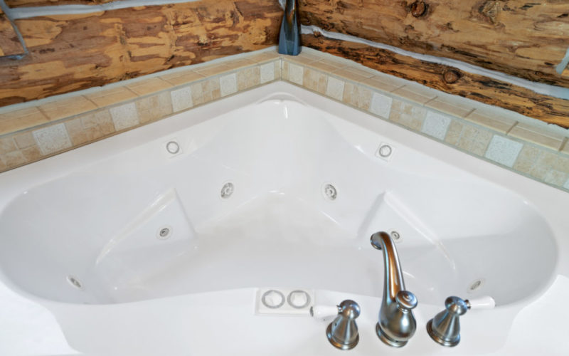 Black Hills Cabin 18 Jetted Tub