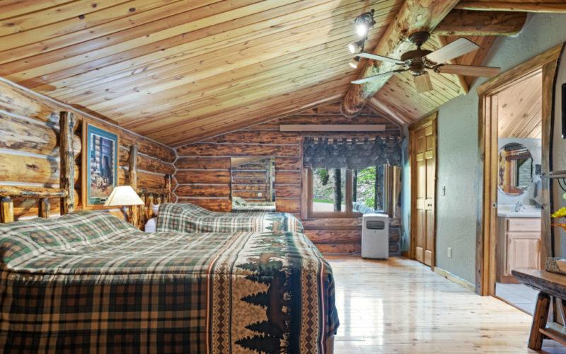 Black Hills Cabin 18 Loft Bedroom