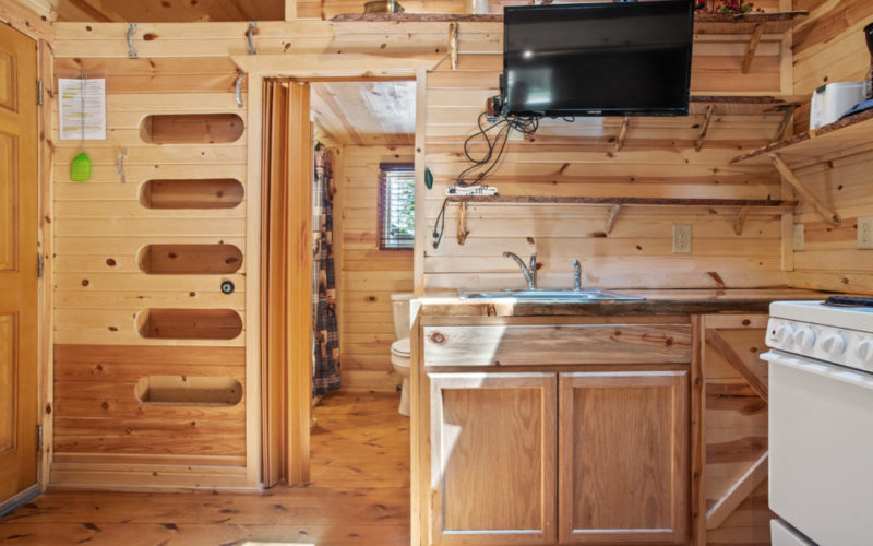 Cabin Rentals #19 Kitchenette