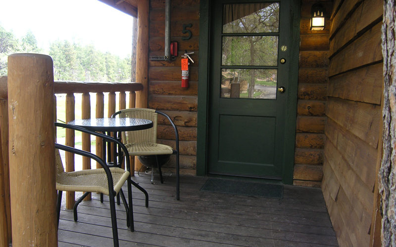 Cabin Rental #5 Front Porch