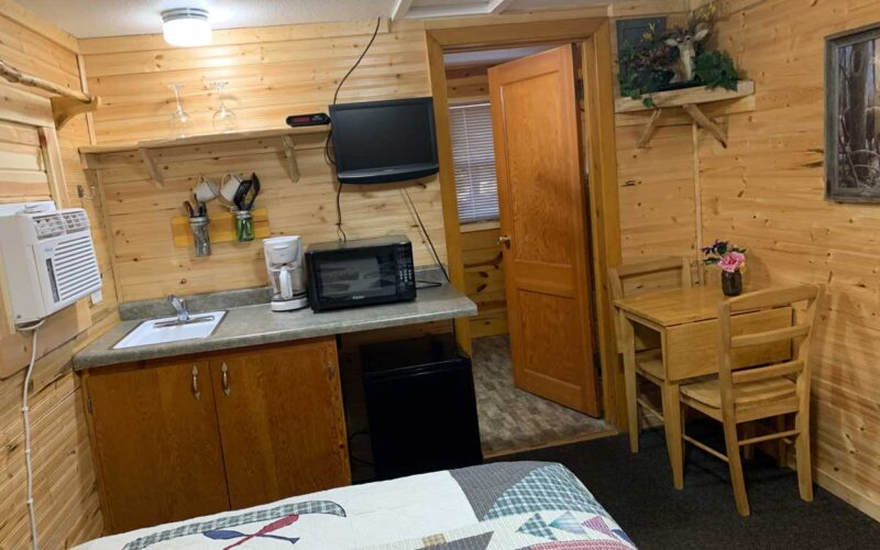 Cabin Rental #6 Kitchenette